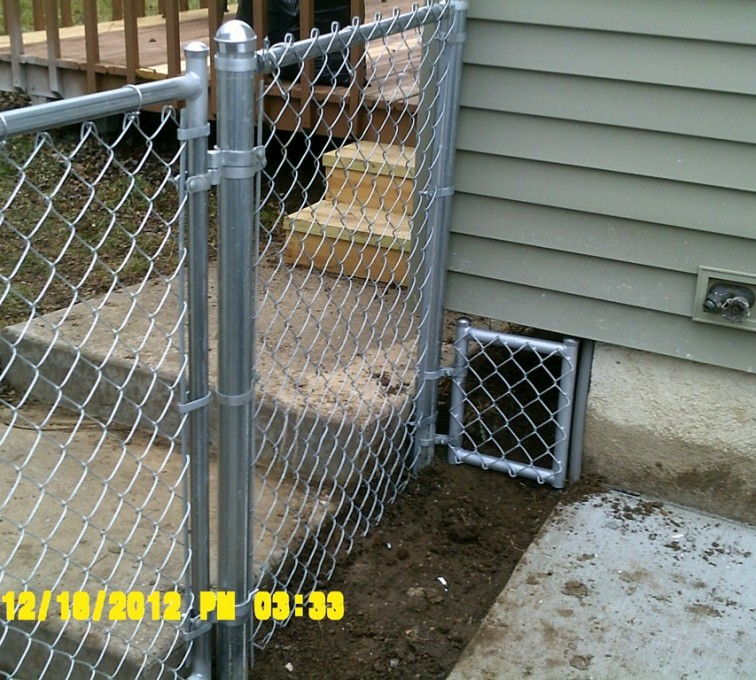AFC Grand Island - Chain Link Fencing, 4' Galvanized Chain Link With Custom Panel - AFC - IA